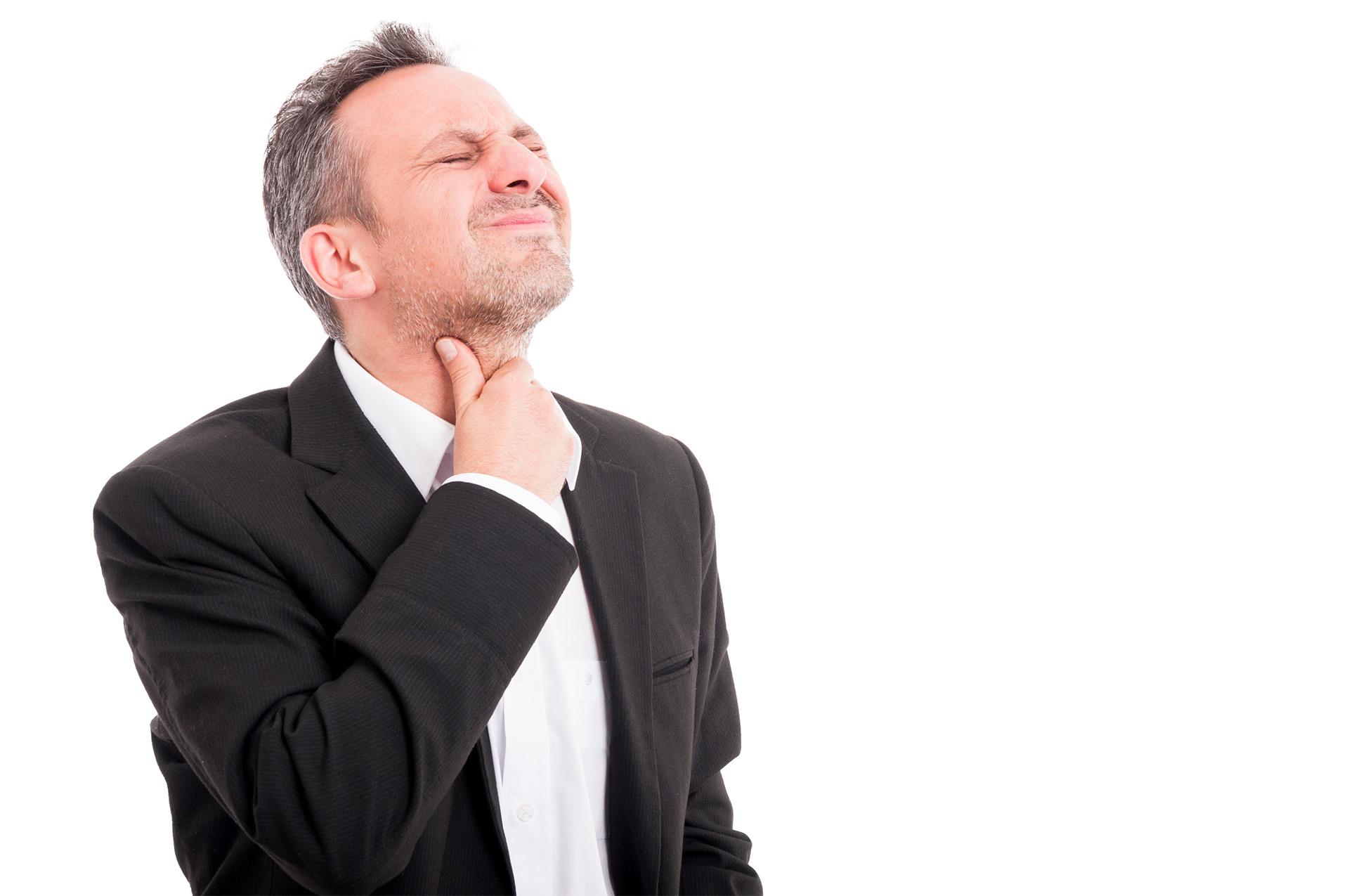 Wat zijn de symptomen van keelpijn?